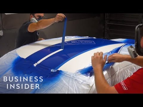 How racing stripes are painted on a car